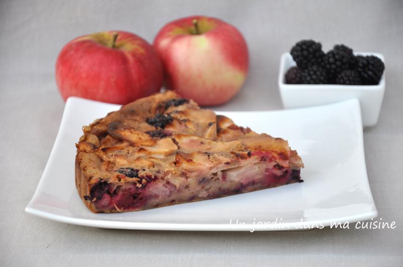 Gâteau mûres pommes un jardin dans ma cuisine