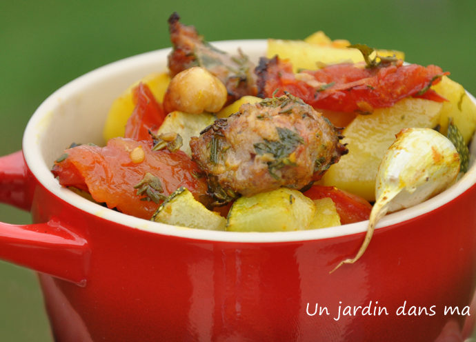 légumes et farce rôtis au four