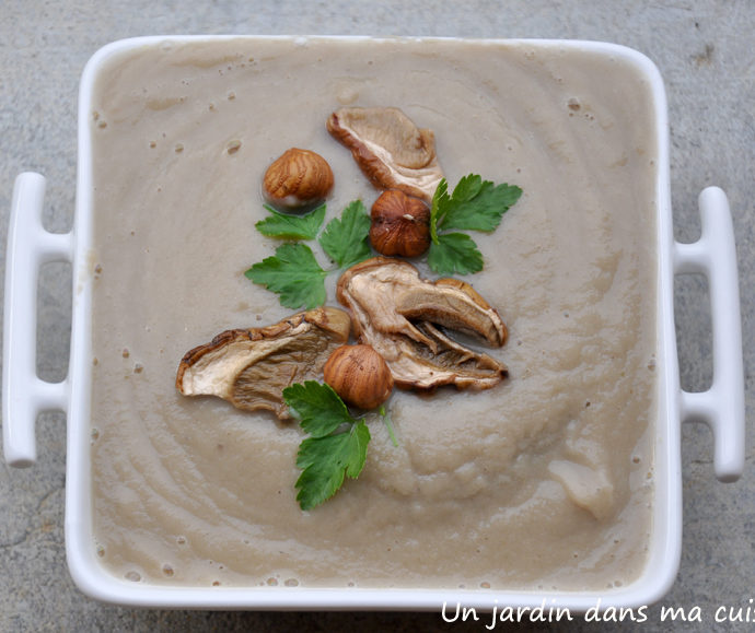Soupe de radis noir aux champignons