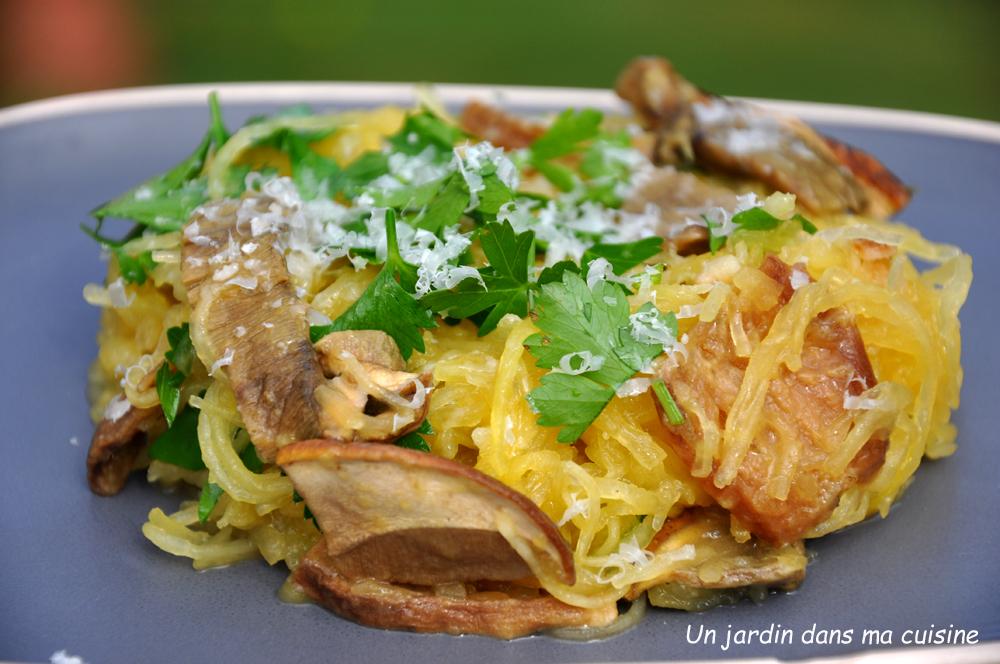 Courge spaghetti aux c pes un jardin dans ma cuisine for Asticots dans ma cuisine