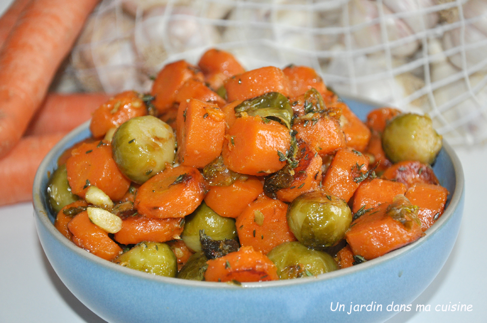 carottes sautées et choux de Bruxelles à l'ail
