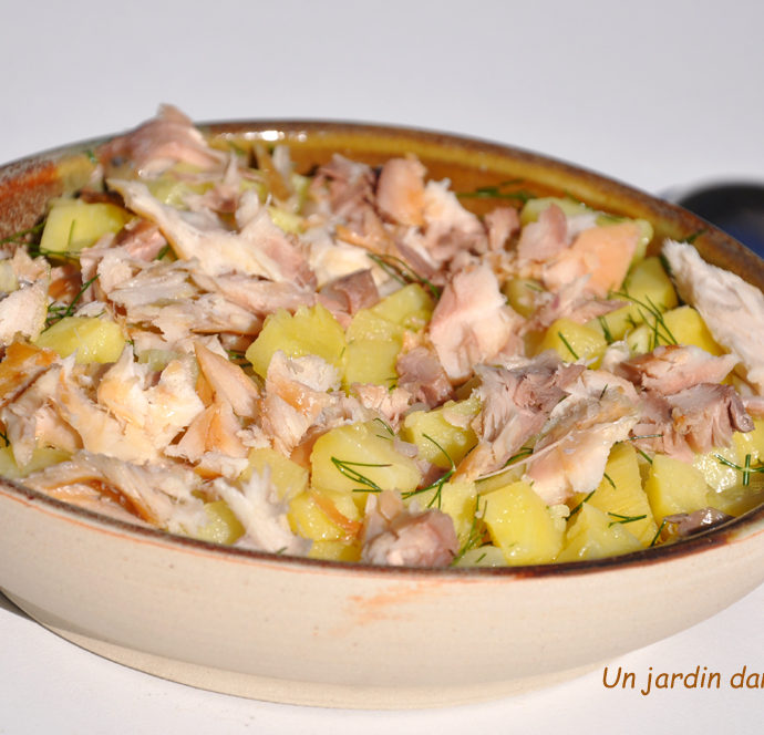 salade de pommes de terre maquereaux fumés